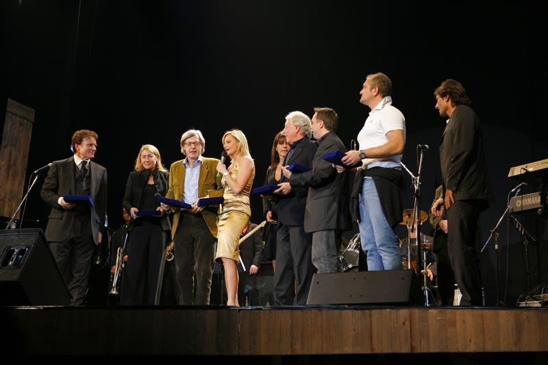 Teatro Manzoni 13 nov 06 Musica e Cabaret 216
