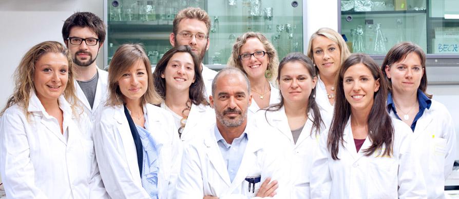laboratorio-cellule-staminali-team